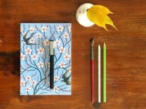10 prompt di journaling a tema primavera